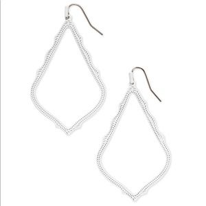 NEW Kendra Scott White Hanging earnings